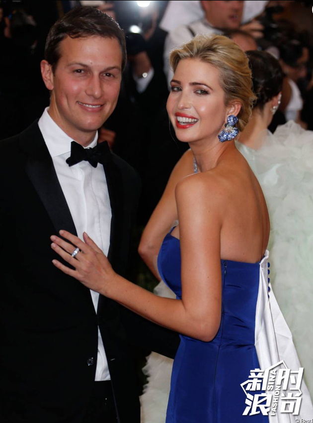 2009-年她嫁给了美国新泽西州地产大亨查理斯-库斯纳的儿子贾瑞德-库什纳