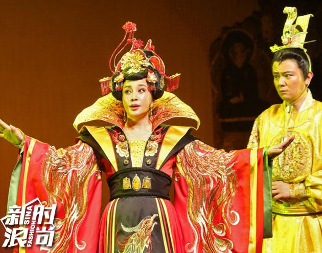 刘晓庆主演话剧版《武则天》
