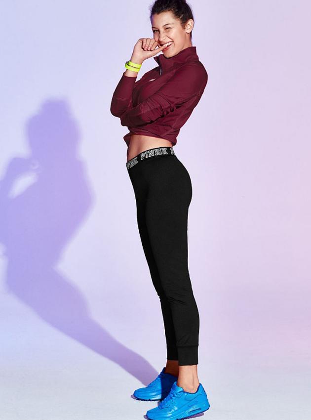 2015年Bella Hadid出镜维秘PINK系列的广告大片