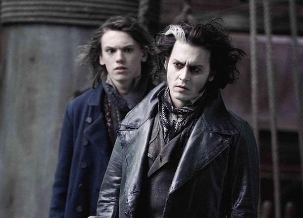 """杰米-坎贝-鲍尔与德普两位""""格林德沃""""曾在《理发师陶德》中同框"""