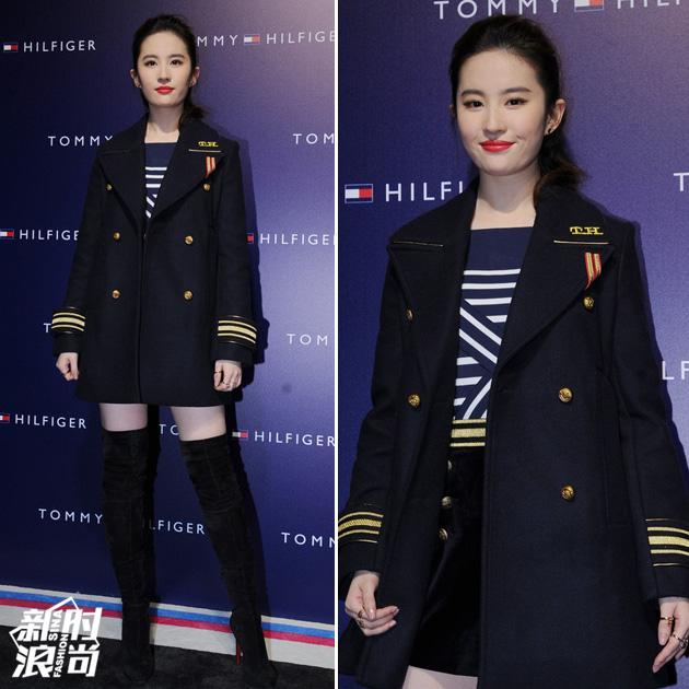 刘亦菲穿制服剪裁外套