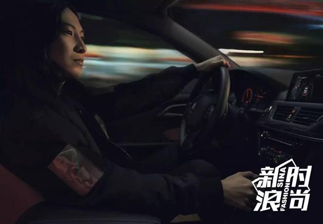 华裔设计师Alexander Wang体验驾驶的乐趣