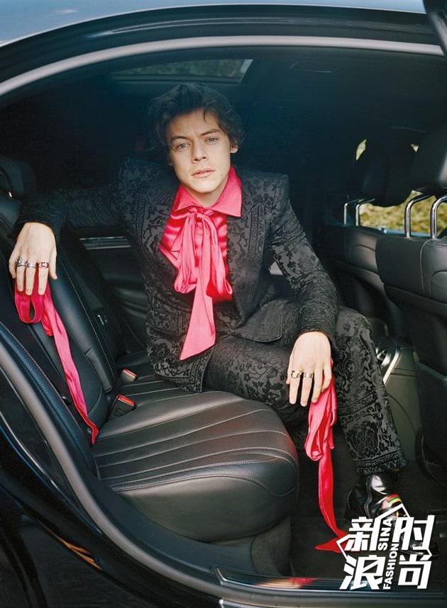 Harry-Styles时尚造型