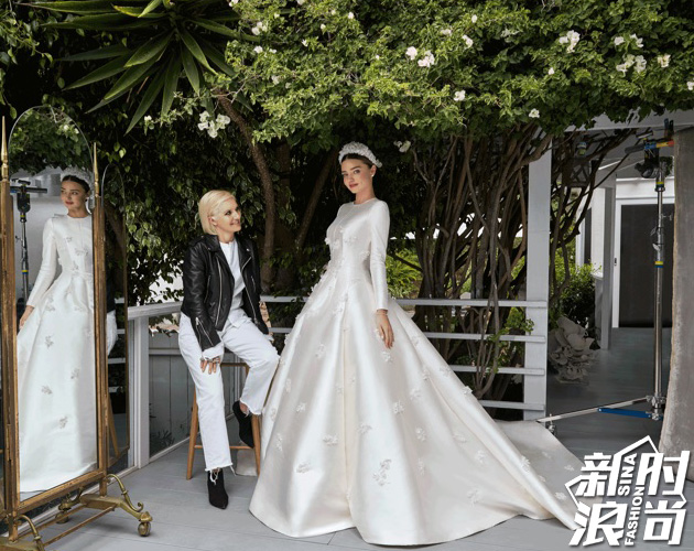 婚纱由法国著名时装品牌迪奥高级定制