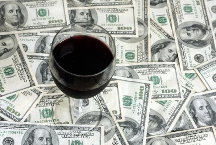 贵的酒更好喝?你可能被大脑欺骗了