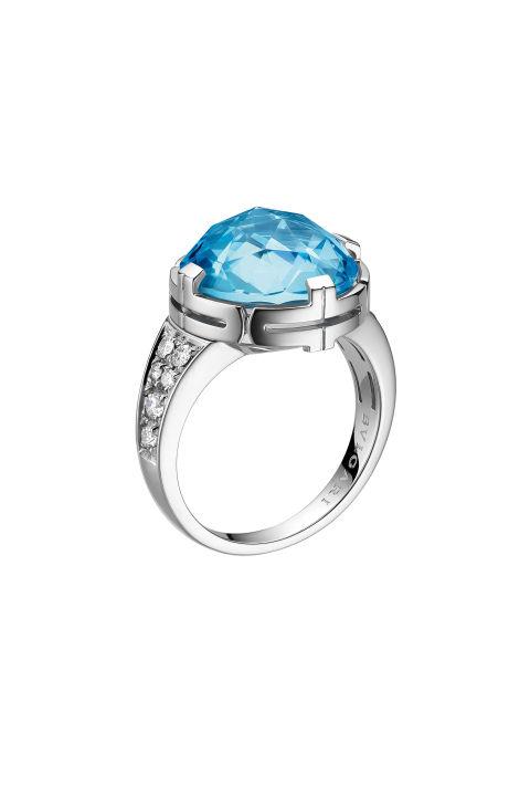 寶格麗藍色托帕石、白金、鑽石鷄尾酒戒