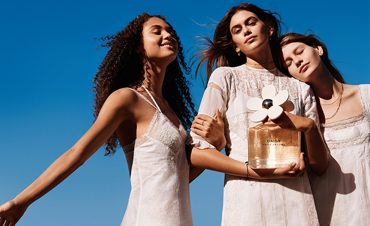 Marc Jacobs香水广告