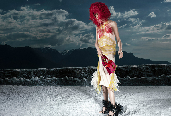 模汪曲攸-拿下Prada-2017秋冬全球广告