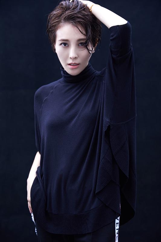 刘雨鑫大胆颠覆 浪漫女神到短发精灵完美蜕变图片