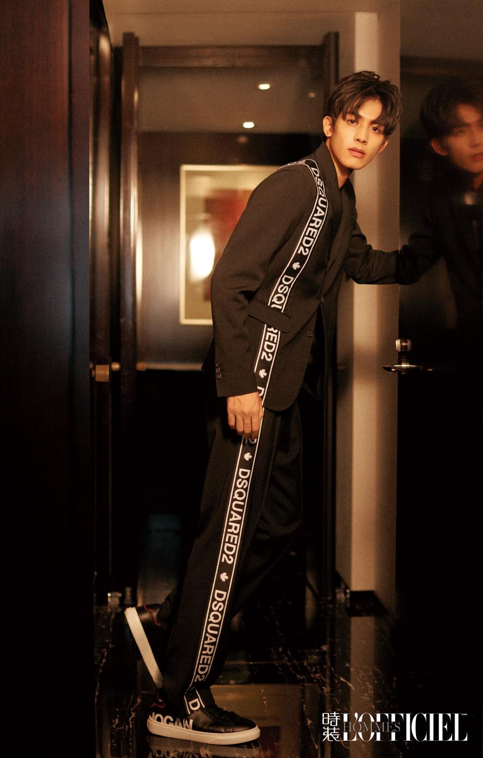 宋威龙登《时装男士》八月刊封面 棱角分明显轻熟魅力