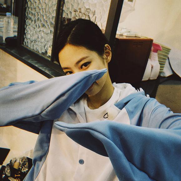 Jennie私服