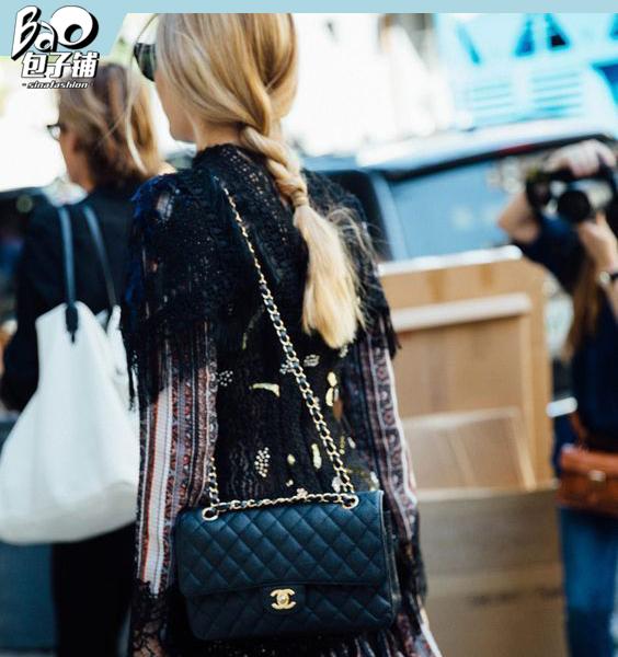 经典的Chanel Classic Flap包袋