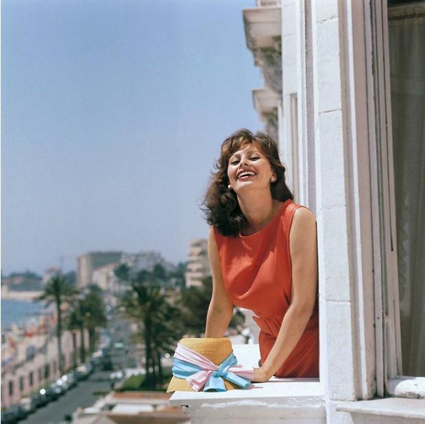 1959年,在第十二届戛纳电影节上,索菲亚 罗兰是摄影师镜头下的宠儿