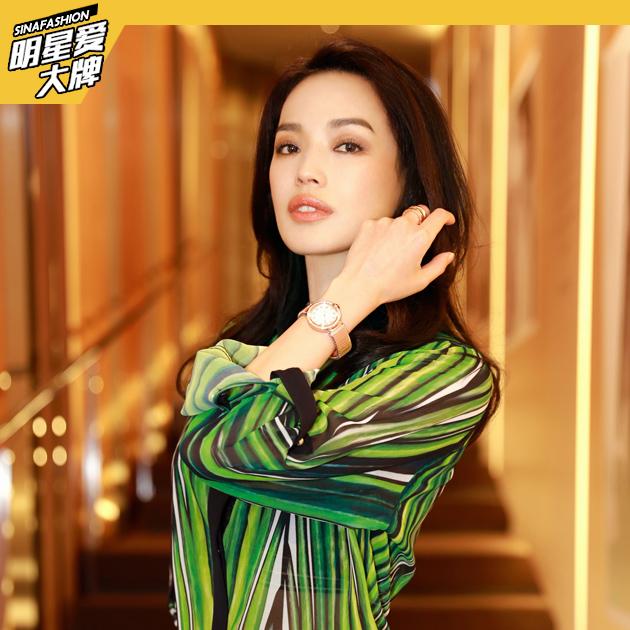 舒淇女神范造型现身 演绎极致优雅