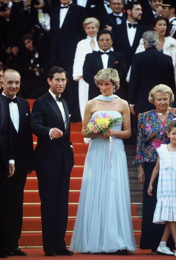 戛纳红毯经典倩影 终有一帧属于戴安娜王妃戴安娜王妃造型
