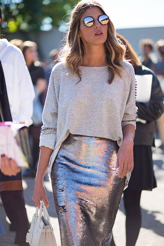 毛衣配亮色裙