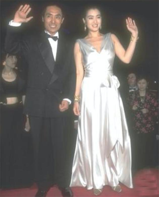 1995年《摇啊摇,摇到外婆桥》入围第48届戛纳电影节