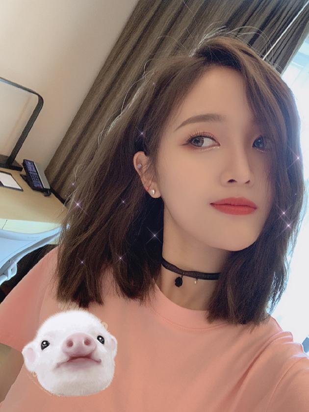 吴宣仪 粉红色系眼妆