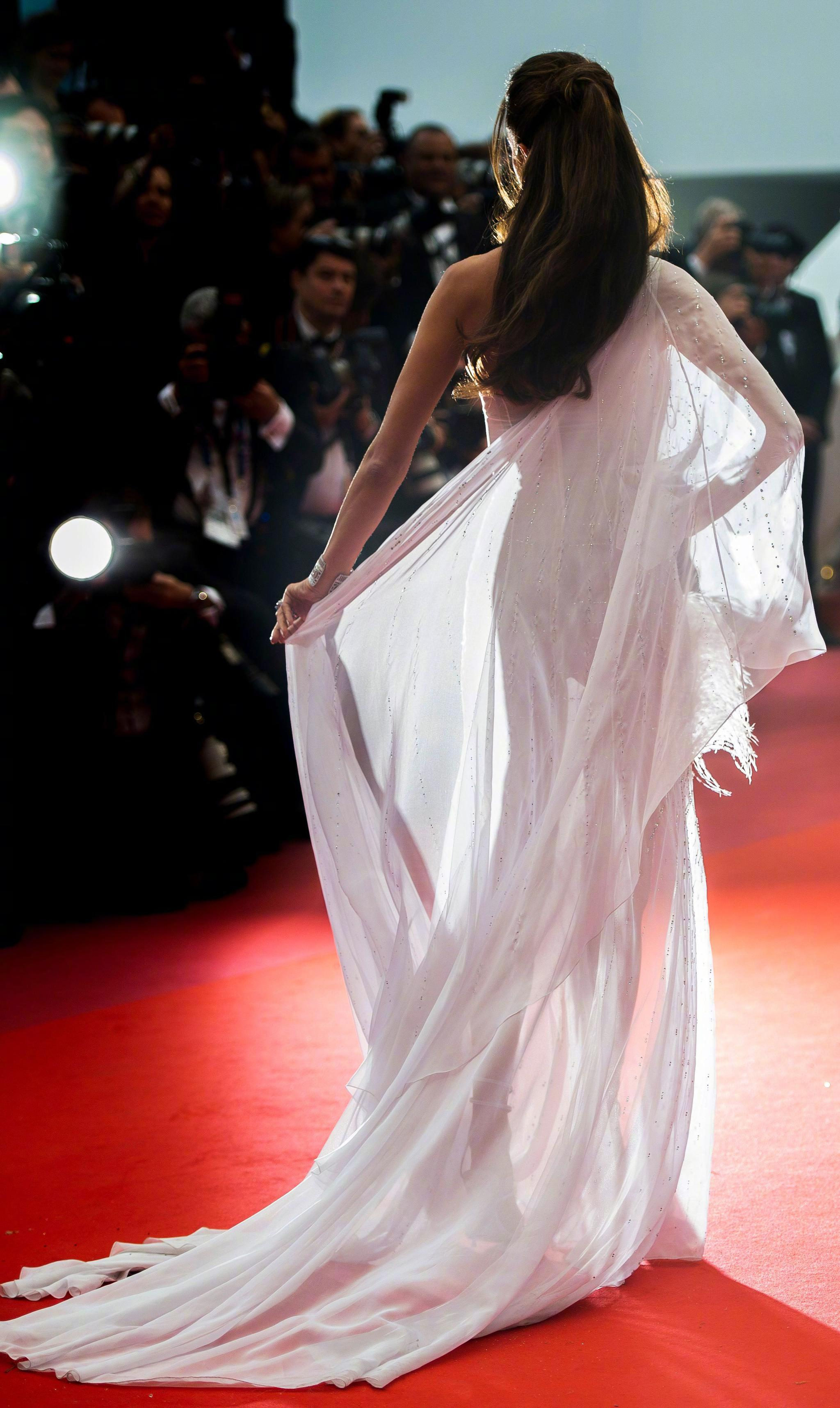 Alessandra Ambrosio红毯造型