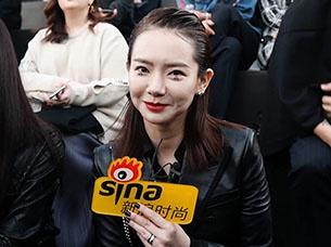 戚薇:会和女儿Lucky讨论化妆技巧