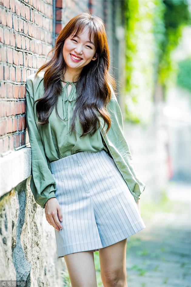 韩国女星秦基周