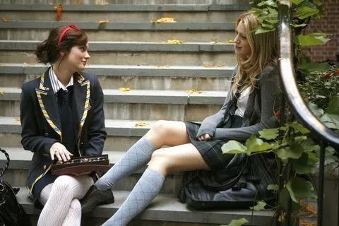 保持少女感的秘诀 就在学院风穿搭