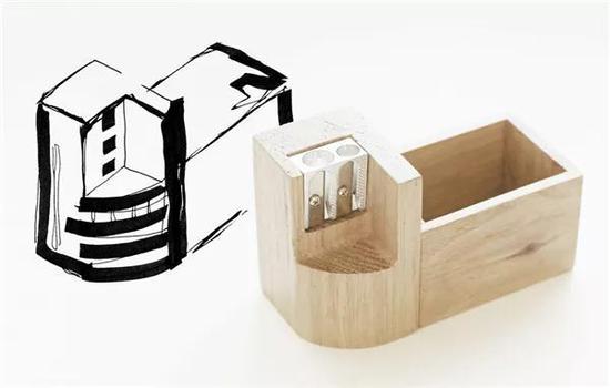 这个装有卷笔刀的名片盒则是以圣彼得堡通信工业工人文化宫为原型