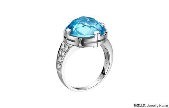 Bulgari宝格丽Parentesi Cocktail系列 蓝色托帕石戒指