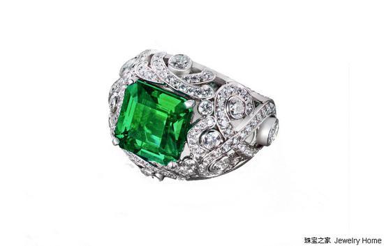 Gemfields法贝热(Fabergé)祖母绿戒指
