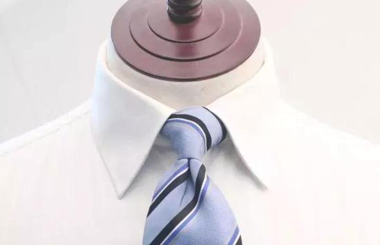 领撑,就是男性对衬衫极致要求的产物
