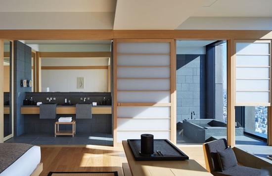 ▲站在Aman Tokyo,浓重的日式风就会顿时充斥到你的每根神经。