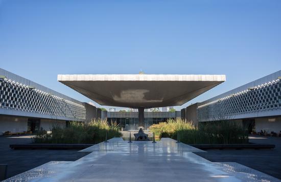 无论是建筑本身还是馆内的藏品,这座博物馆都数世界一流