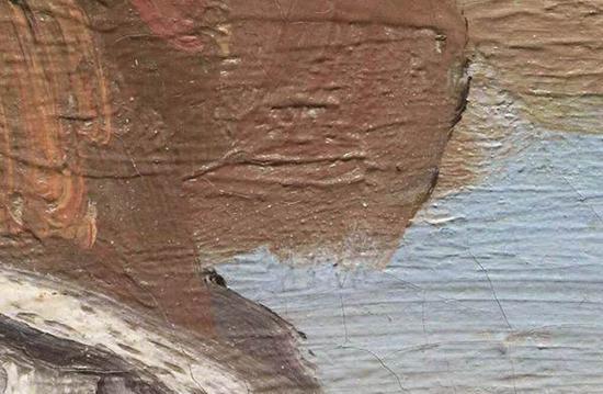 细节显示,卡米尔下巴的线条模糊,笔触简略。