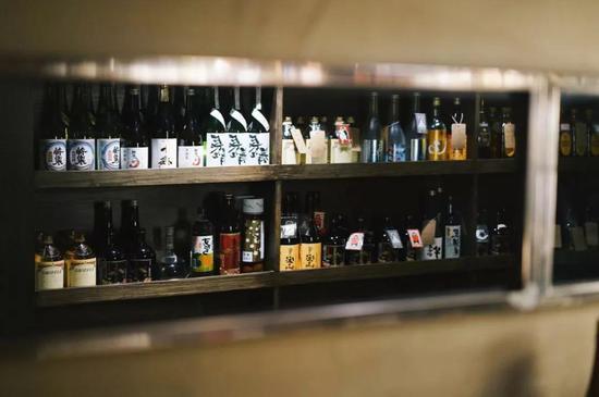 深夜居酒屋 城市巷陌炙烤的生活滋味|居酒屋|梅酒|上海_新浪时尚_新浪网