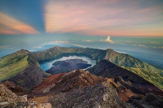 林查尼火山图片来源自ROCIO LANDERA RODRIGUEZ