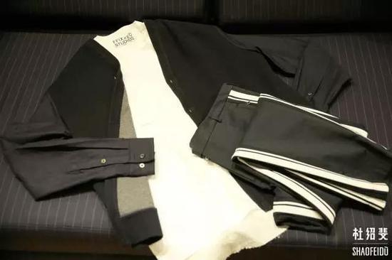 外套/衬衣:FFIXXED STUDIOS 长裤:DOLCE&GABBANA