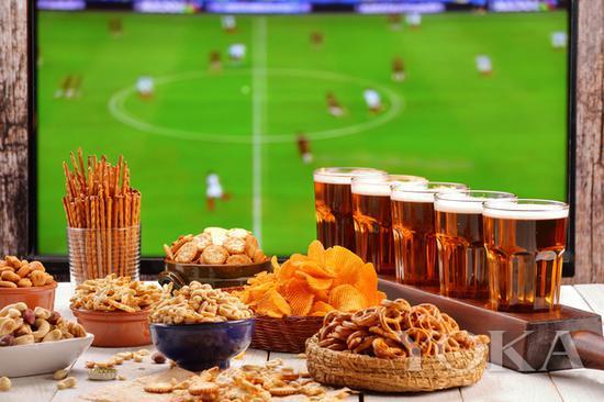 啤酒和世界杯是这个6月的主旋律