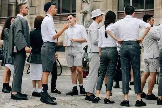 男士如何把正装穿出自己的个性