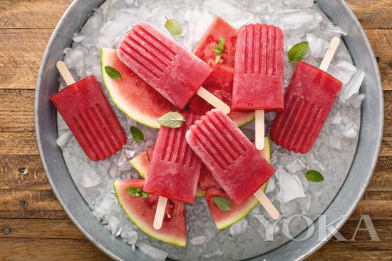西瓜冰棍 圖片來自海洛