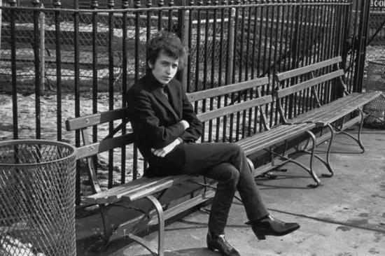 ▲穿着切尔西靴的Bob Dylan