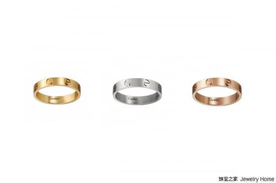 左:Cartier卡地亚Love系列戒指18k黄金 售价:RMB 8,000