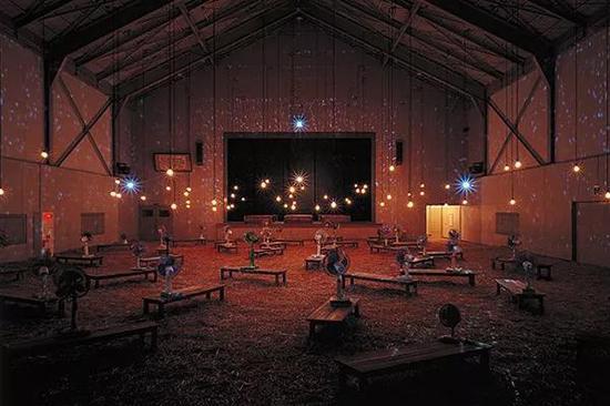 Christian Boltanski《最后的教室》