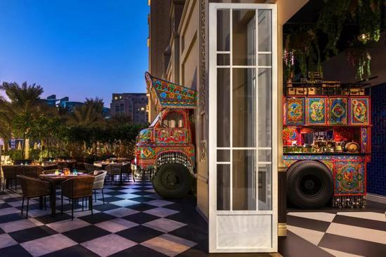 Stickman Tribe设计的迪拜顶级餐厅Little Miss India