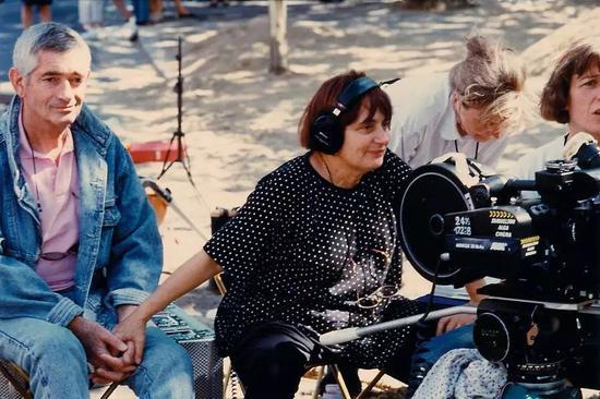 阿涅斯·瓦尔达与丈夫、法国知名电影导演雅克·德米(Jacques Demy)。图片:致谢www.oscars.org