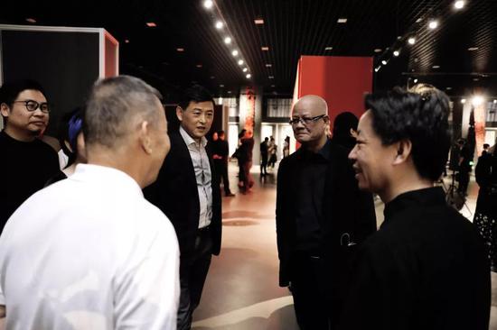 新高度新玩法 引发讨论 邱振中、陈国斌、杨涛、刘墨先生在现场