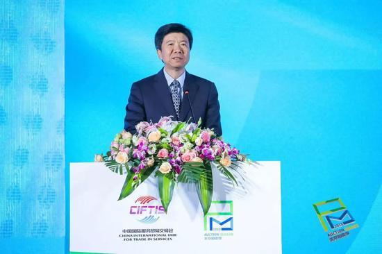 北京市商务局局长 闫立刚
