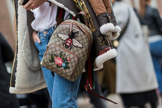 Gucci双肩包 图片来源:Allure