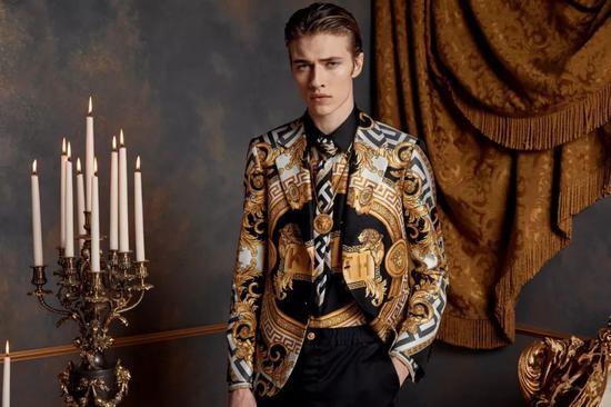 Kit Butler   从出道就大牌加身 21岁的他生得太逢时 Kit Butler 男模 模特