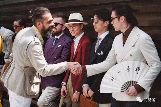 世界最爱打扮的男人们聚会 这画风一般男人看不懂|pitti umo|印花|聚会