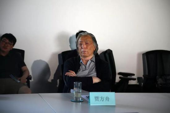 著名艺术批评家、策展人贾方舟先生